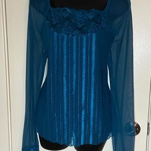 EI Shear Arm Teal & Lace top & free gift